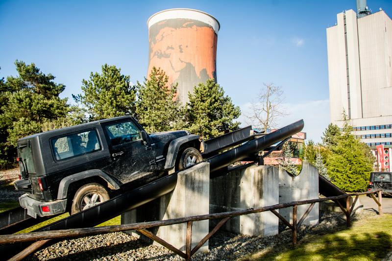Jeep Geschicklichkeitsparcours im Funpark Meppen