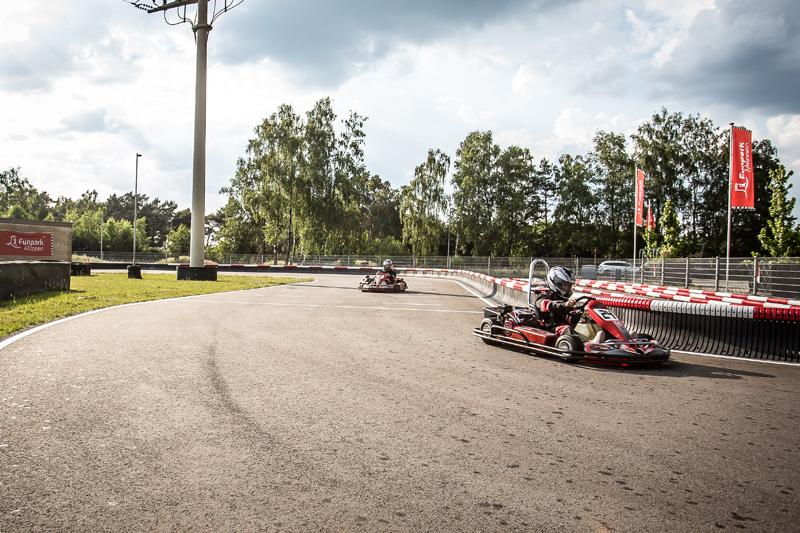Kart fahren im Funpark Meppen