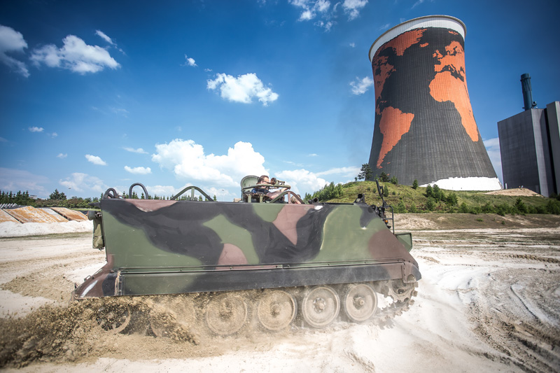 Panzer fahren im Funpark Meppen